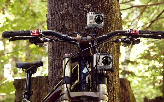 Mounting system for dumbbells or tubing GoPro Ride Hero