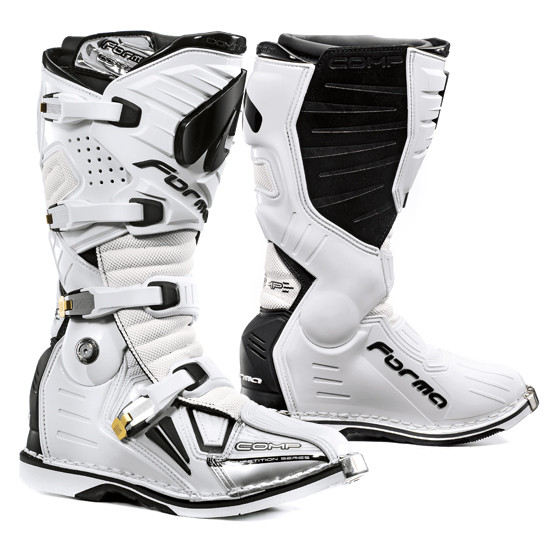Boots Forma Dominator Comp White cross