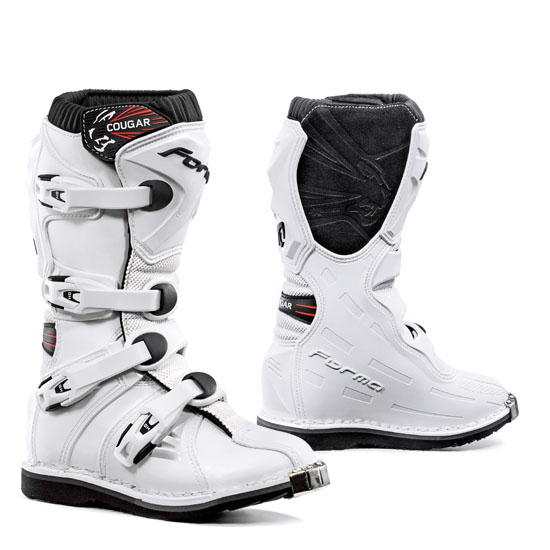White Cougar kid Boots cross Form