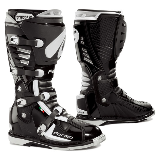 Cross Forma Predator Boots Black