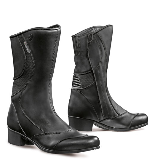 Woman leather motorcycle boots Forma Diamond Black