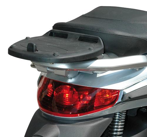 Attacco posteriore KE3440 specifico per bauletto MONOLOCK® per P