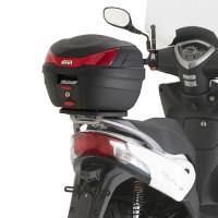 GIVI SR6106 Attacco posteriore specifico per bauletto MONOLOCK