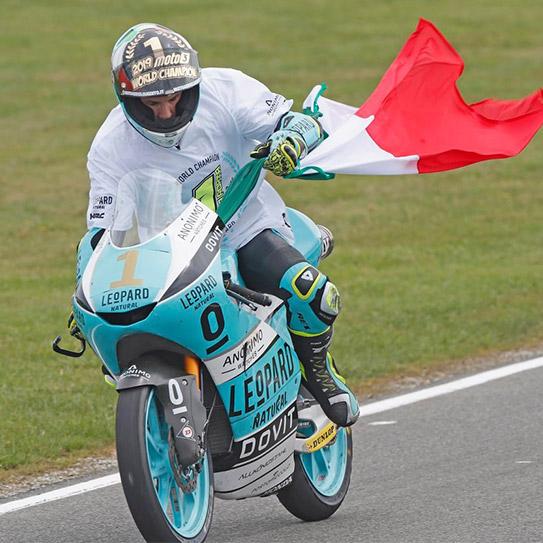 Lorenzo dalla porta Campione del Mondo2