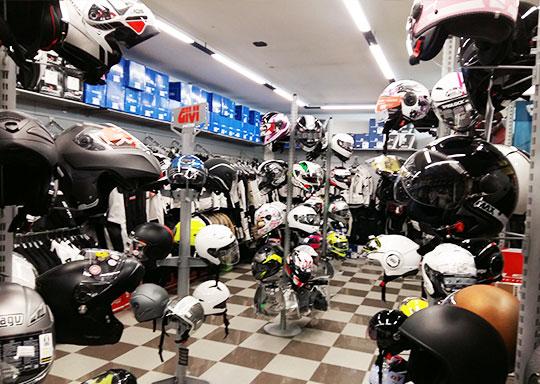 negozio motoabbigliamento altopascio