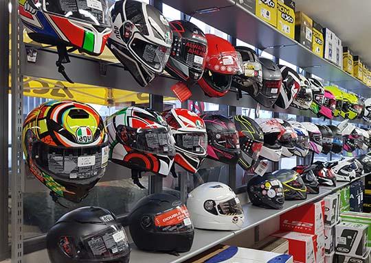 negozio grassina motoabbigliamento